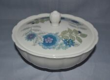 WEDGWOOD MURRAY CIRCULAR WHITE BOWL W/LID FLORAL CLEMENTINE PATTERN ENGLAND