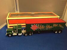 Lionel 14260 Christmas Tractor & Trailer New in Box!