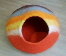 LARGE Felt Cat Cave / Cat Bed / Pet Bed / Puppy Bed  Green Cat House. 100 % Wool