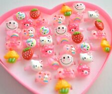 NEW Heart shaped box 36 childrens character pink plastic rings jewellery