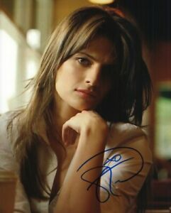 STANA KATIC SEXY CASTLE ACTRESS SIGNED 8X10 PHOTO WITH COA
