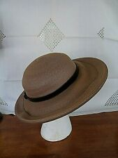 8f07a0136fcd2 Vintage Women s Brown Straw Hat w Patent Leather Bow   Hat Band~ESTATE~