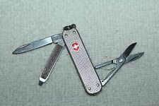 VICTORINOX Swiss Army Knife CLASSIC SD ribbed silver ALOX no engraving  (UDV910)
