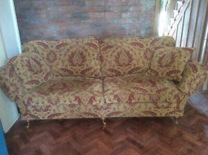 Large Handmade Premium Quality Duresta Sofa RRP £3450