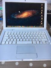 apple macbook a1181 13-in Mid 2007 2GB RAM 80GB HDD Mac OS X Lion 10.7.5