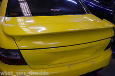HOLDEN VT VX SEDAN BOOT LID - YELLOW - COMPLETE - SPOILER GARNISH SS BERLINA LS1