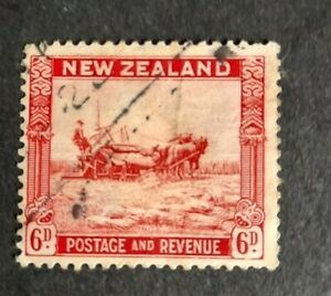 New zealand stamp 1941 postage and revenue. Harvesting 6d. Used
