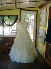 Ivory Lace & Chiffon Wedding Gown w/shawl - Size L/XL