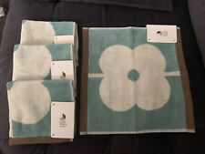 Orla Kiely Set of 4 Flannels / Face Cloths New With tags !!