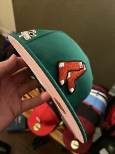 Boston Red Sox New Era 59Fifty Christmas Green W/ Pink UV World Series Hat
