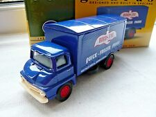 LLEDO VANGUARDS VA6001 DIECAST FORD THAMESTRADER BOX VAN LORRY OF BIRDS EYE 1:64