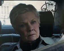 Judi Dench signed 10x8 Image A photo (UACC Registered AFTAL approved dealer COA)