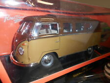 ROA223700 by ROAD SIGNATURE VOLKSWAGEN MICROBUS T1 1962 1:18