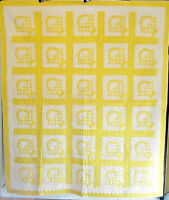 ASTONISHING ANTIQUE YELLOW AND WHITE BASKETS QUILT SOFT SATEEN FABRIC RICH HUE