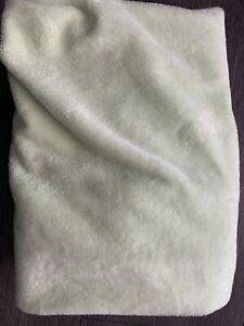Pottery Barn Kids Chamois Minky Fur Light Green Lime Changing Pad Table Cover 🌈