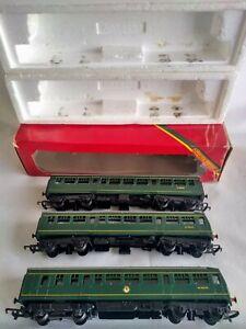 Hornby 00 Gauge R.157 B.R 2 Car DMU + R.334 Centre Coach Model Railway Trains