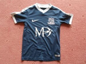 Southend United Football shirt Lewis 9  6-8 Years