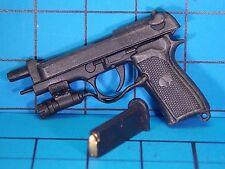 HotToys1:6 Biohazard 5 VGM06 Chris Redfield BSAA Ver. Figure - M92F Pistol