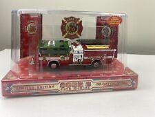 Code 3 PIERCE QUANTUM PUMPER 1998 Christmas Edition #1 - 1:64 - Fire truck