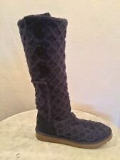 "UGG Australia SN 3066 ""Cardy"" Classic Purple Knit Boots, Button Accents Sz 10 M"