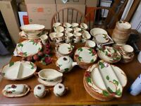 RARE Vintage antique Franciscan Ware USA Apple Pattern 106pcs 40s-70s backstamps