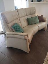 HIMOLLA Heimkino Couch echt Leder in Beige 3 Sitzer mit liegefunktion aussen.