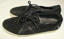 Men's Volcom low black suede shoes Size 10.5 B10