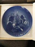 Bing & Grondahl Jule After Christmas at Home 1971 PLATE BLUE B & G Copenhagen
