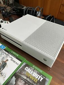 Xbox One - white - 500gb - plus accessories and games