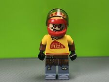 LEGO DC Super Heroes - Scarecrow MiniFigure Pizza Delivery Outfit (70910)