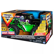 Spin Master Monster Jam 1:15 Scale Grave Digger RC Truck - Green