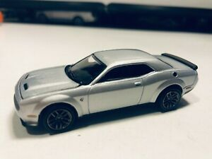 1/64 2019 DODGE CHALLENGER HELLCAT SILVER
