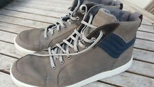 Timberland Grey / Navy Boots - UK size 11.5 Good condition