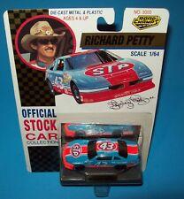 Richard Petty 1992 STP Pontiac Grand Prix 1/64 Road Champs NASCAR Diecast New