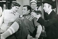 GENE KELLY BALL GAME 1949 VINTAGE PHOTO #4
