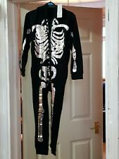 Bargain Halloween children costume 6-7 year new with Tags