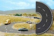 HO Busch ASPHALT 1103 Curved City Street / Road with White Markings : CURVES