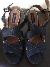 Wrangler Ladies Shoes Size 5