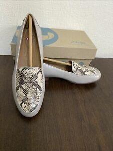 Women's Clarks Un Blush Ease Stone Combi Loafer/leather Size UK 5 Fit D Eur 38