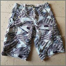 28 * Wear First Shorts Bermudas White & Blue