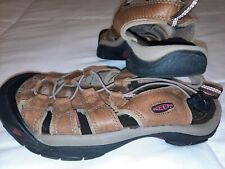 Keen 9 Or 39.5 Leather Waterproof Shoes Sandals Trail Shoes