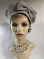 Beige Marl 1960s Inspired French Style Wool Fine Knitted Side Bow Beret Unlined