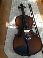 Violin 3/4 size Beginner Student. with case and bow Used condition