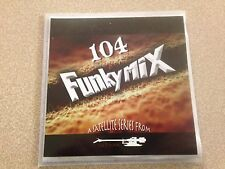 FUNKYMIX 104 CD CHRIS BROWN LUMIDEE AKON FANTASIA MIMS