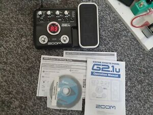 Zoom G2.1u Multi-Effects Guitar Effect Pedal With Power Adapter and Manual