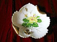 VINTAGE CERAMIC SOAP/TRINKET DISH LEAF SHAPE GOLD GILT BUTTERFLY FLOWER NASCO