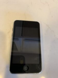 Apple iPod Touch 2nd Generation  Black (8 GB) Good Condition (MC086LL) Reset