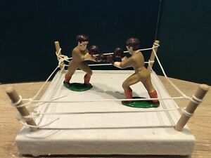 Barclay / Manoil Recasts:  Boxers In Ring. ~70mm Scale. Post War