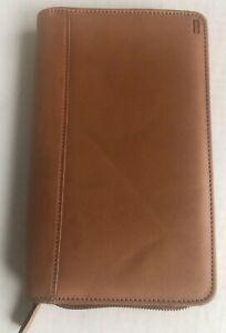 Hartmann Travel Wallet ID Credit Note Cash Phone case Saddlebrown leather zipper