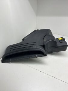 08 KIA AMANTI 3.8L,6CYL  AIR CLEANER AIR INTAKE DUCT 133793 Oem DK2123F904